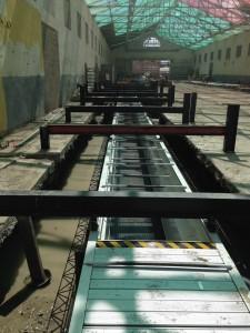 Coulage du béton autour de la structure acier